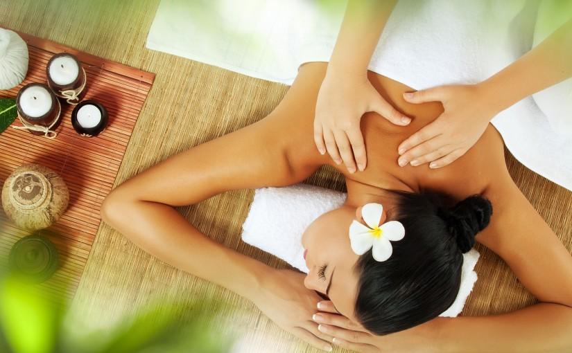 Hawaiian Lomi-Lomi Massage
