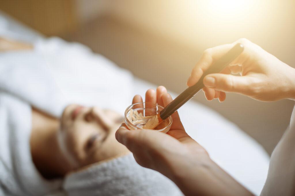 Advanced Skin Care Treatments-Orlandos Best Facials & Skin Care- HydraFacial, Photo rejuvenation, Microdermabrasion, Dermaplaning