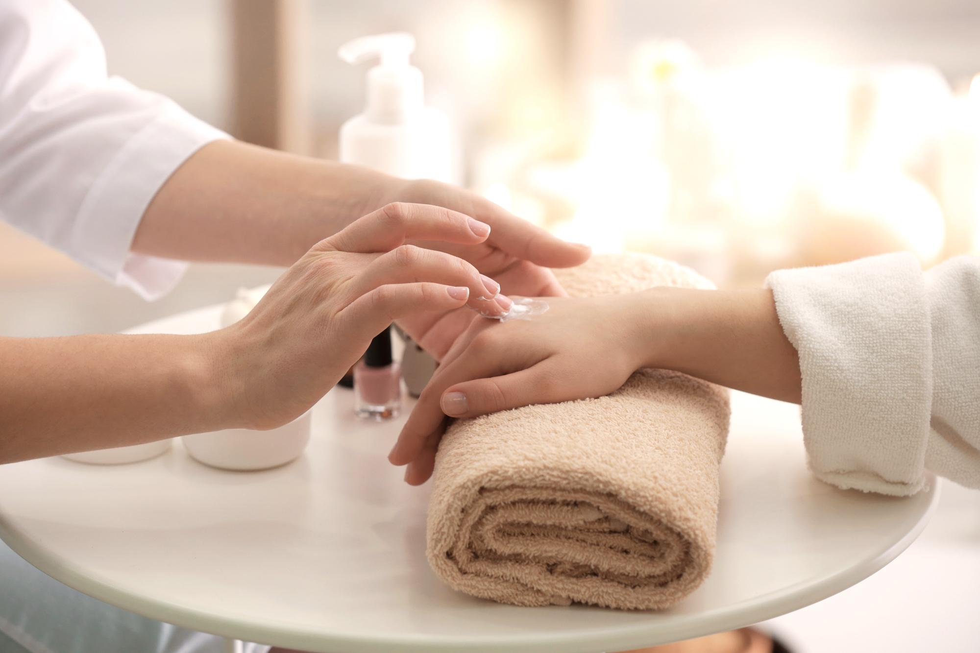Mani-Pedi- Manicure & Pedicure- Sufii Day Spa Nail Salon- Orlandos Best Nail Spa